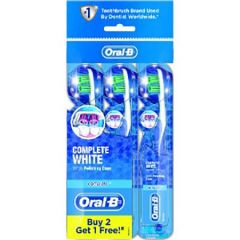 ORAL B TOOTHBRUSH COMPLETE WHITENING 3S